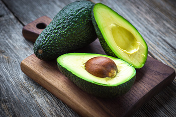 Avocados contain an array of vitamins and minerals, including fiber, vitamin K, folate, B vitamins, potassium, magnesium, and more. They are a nutrient dense option for everyone!
